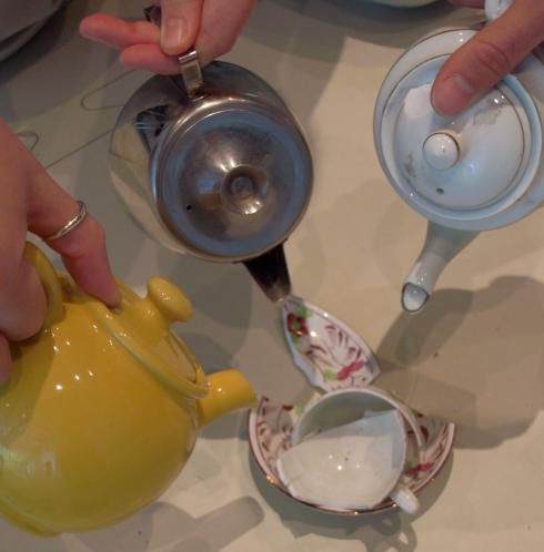 broken-teacup.jpg